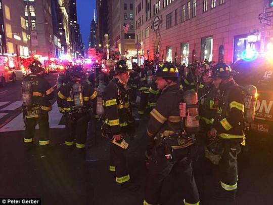 Cháy căn hộ tại Trump Tower, 1 người thiệt mạng - Ảnh 4.