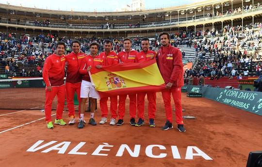 Nadal đưa Tây Ban Nha vào bán kết Davis Cup 2018 - Ảnh 3.