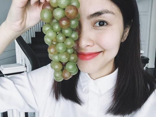 Tăng Thanh Hà khoe khu vườn bình yên trĩu quả - Ảnh 8.