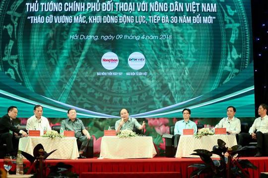 Thủ tướng Nguyễn Xuân Phúc: Vì sao nông dân chưa giàu? - Ảnh 3.