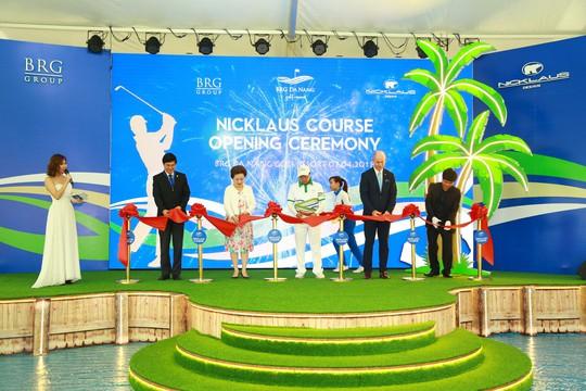 Cuốn hút sân golf phong cách bờ kè đầu tiên tại châu Á - Ảnh 1.