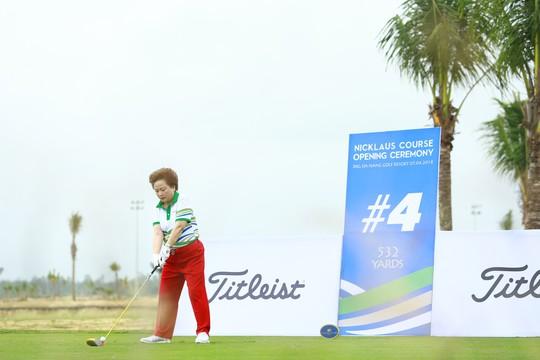 Cuốn hút sân golf phong cách bờ kè đầu tiên tại châu Á - Ảnh 2.