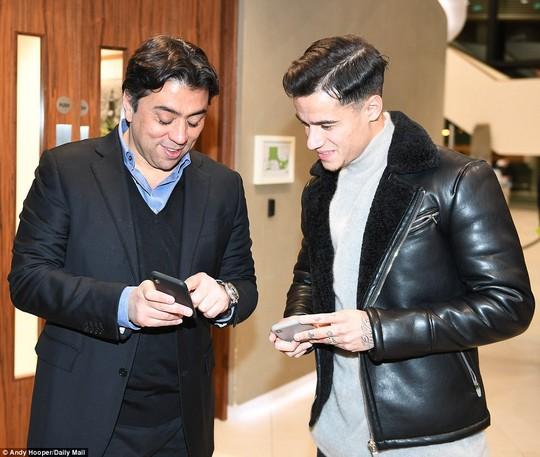 Coutinho gia nhập Barcelona với giá 145 triệu bảng - Ảnh 2.