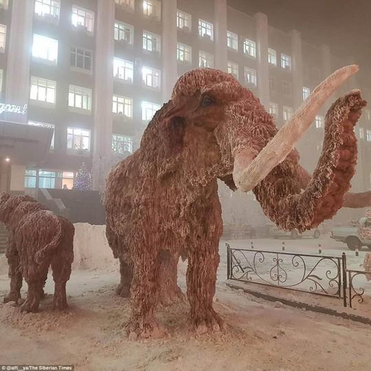 Ở ngôi làng Cực lạnh: Lạnh tới nỗi nhiệt kế đột quỵ - Ảnh 6.
