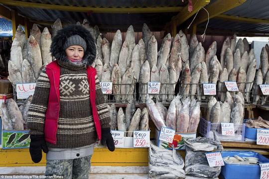 Ở ngôi làng Cực lạnh: Lạnh tới nỗi nhiệt kế đột quỵ - Ảnh 5.