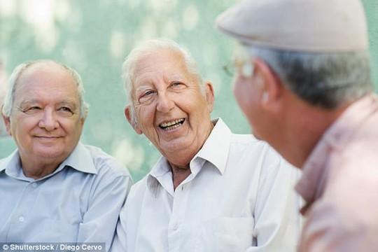 Về hưu, bỗng già đi nhanh chóng - Ảnh 1.