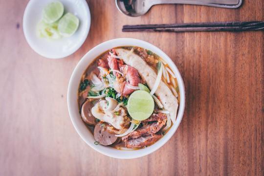Quán ăn Việt Nam hiếm hoi giữa lòng Hong Kong - Ảnh 10.