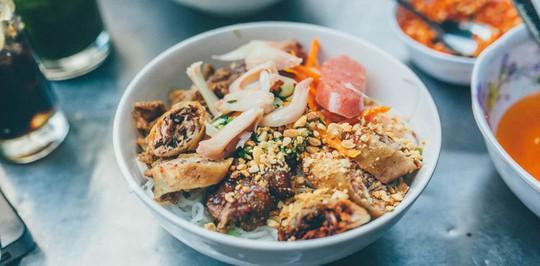 Quán ăn Việt Nam hiếm hoi giữa lòng Hong Kong - Ảnh 11.