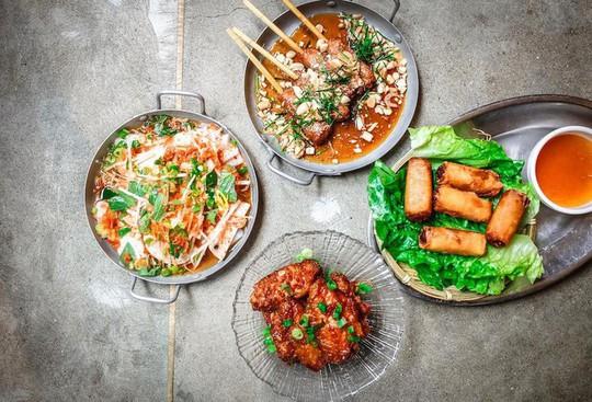 Quán ăn Việt Nam hiếm hoi giữa lòng Hong Kong - Ảnh 12.