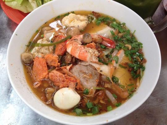 Quán ăn Việt Nam hiếm hoi giữa lòng Hong Kong - Ảnh 3.