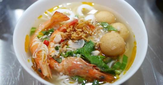 Quán ăn Việt Nam hiếm hoi giữa lòng Hong Kong - Ảnh 4.
