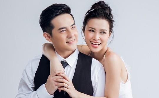 Những cặp đôi chung tình của showbiz Việt - Ảnh 7.