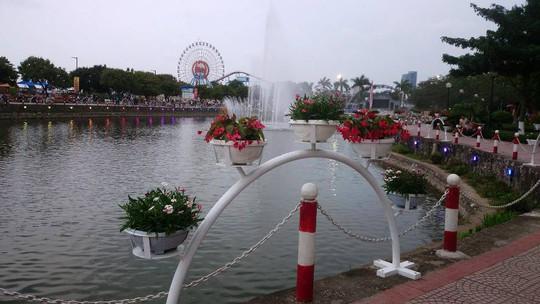 Phố đi bộ Trịnh Công Sơn tràn ngập âm nhạc đêm khai trương - Ảnh 23.
