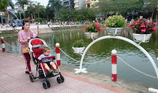 Phố đi bộ Trịnh Công Sơn tràn ngập âm nhạc đêm khai trương - Ảnh 17.