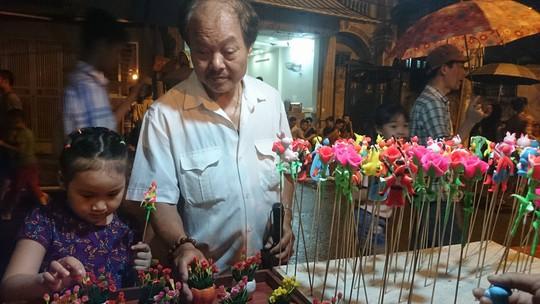 Phố đi bộ Trịnh Công Sơn tràn ngập âm nhạc đêm khai trương - Ảnh 12.
