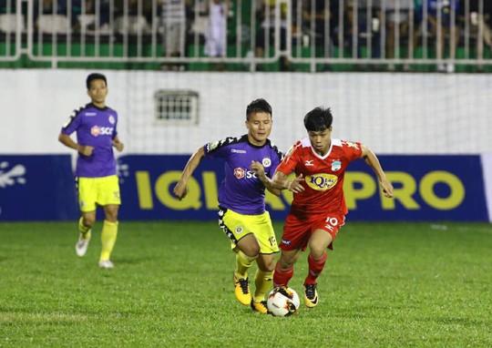 Hà Nội FC bỏ họp báo vì bức xúc trọng tài - Ảnh 1.