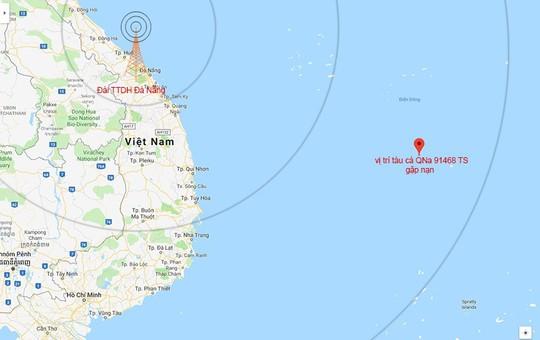 49 ngư dân Quảng Nam gặp nạn giữa biển Đông - Ảnh 1.