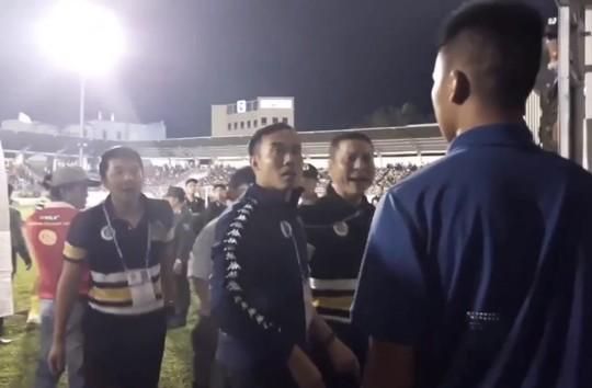 Người bị tố đã chặn đánh HLV Hà Nội FC nói gì? - Ảnh 2.