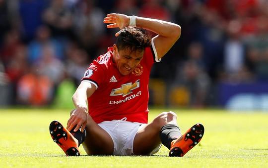 Chùm ảnh vòng đấu cuối Giải Ngoại hạng Anh: Kẻ khóc, người cười - Ảnh 17.
