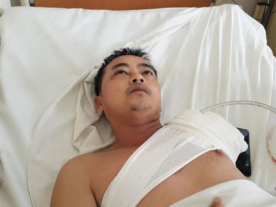 Vụ tai nạn thảm khốc trên đèo Khánh Lê: Tài xế đánh lái tránh xe rơi xuống vực - Ảnh 2.
