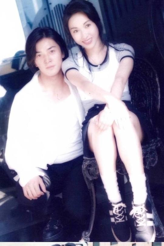 Chùm ảnh quý hiếm của dàn sao TVB - Ảnh 13.