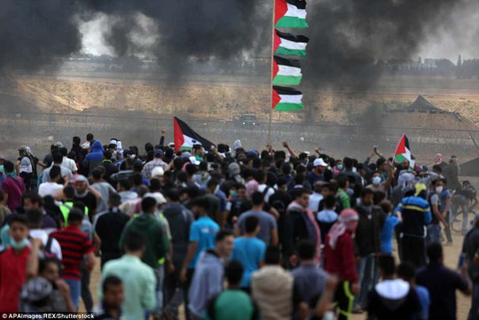 Jerusalem căng thẳng, hàng chục người Palestine thiệt mạng ở Gaza - Ảnh 1.