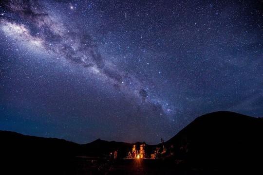 Vẻ đẹp rực rỡ của các khu cắm trại dưới những vì sao - Ảnh 5.