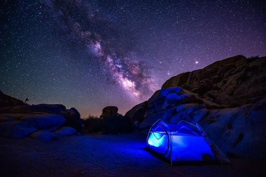 Vẻ đẹp rực rỡ của các khu cắm trại dưới những vì sao - Ảnh 9.
