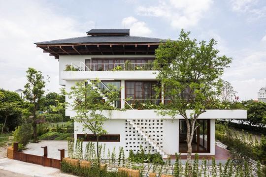 Ngất ngây với ngôi nhà 3 tầng đậm chất kiến trúc Nhật Bản - Ảnh 1.