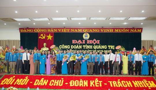 Ông Nguyễn Thế Lập tái cử chức Chủ tịch LĐLĐ tỉnh Quảng Trị - Ảnh 2.
