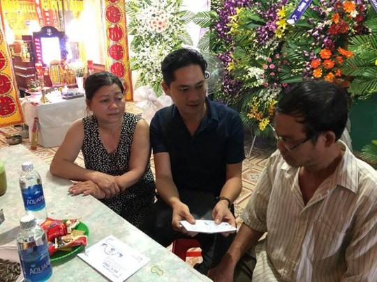 Nghệ sĩ Việt kêu gọi ủng hộ các hiệp sĩ đường phố - Ảnh 3.