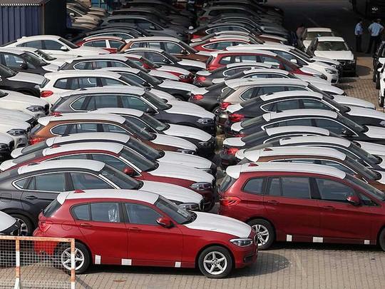 Bí ẩn chủ lô hàng 118 container chứa 256 ô tô BMW bỏ quên ở cảng - Ảnh 1.