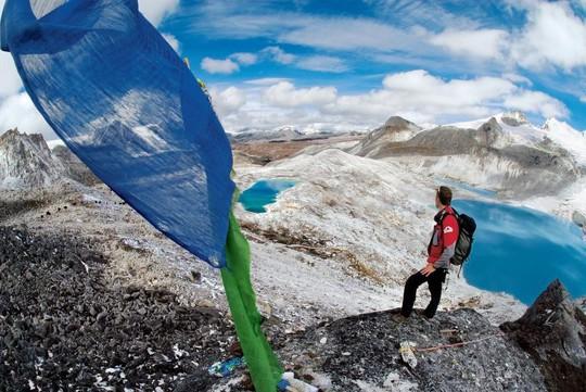 8 điểm du lịch mạo hiểm nhất thế giới - Ảnh 3.