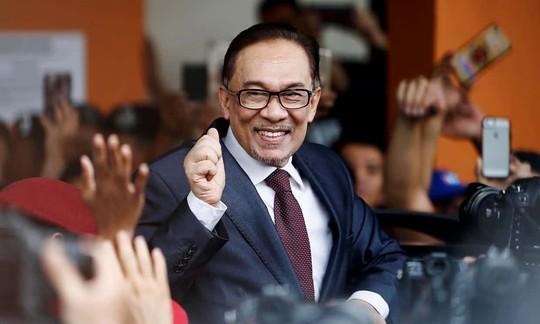 Malaysia: Ông Anwar ra tù, ông Mahathir nắm quyền thủ tướng bao lâu? - Ảnh 1.