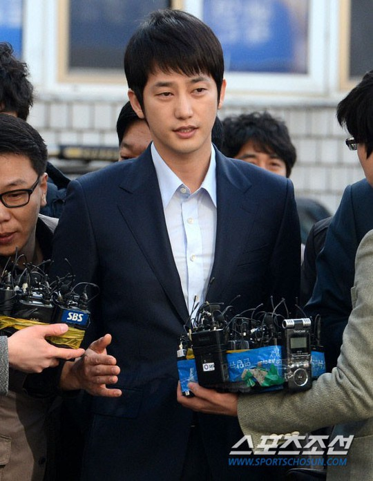 Sao Hàn vẫn mất trắng dù án oan tình dục - Ảnh 2.