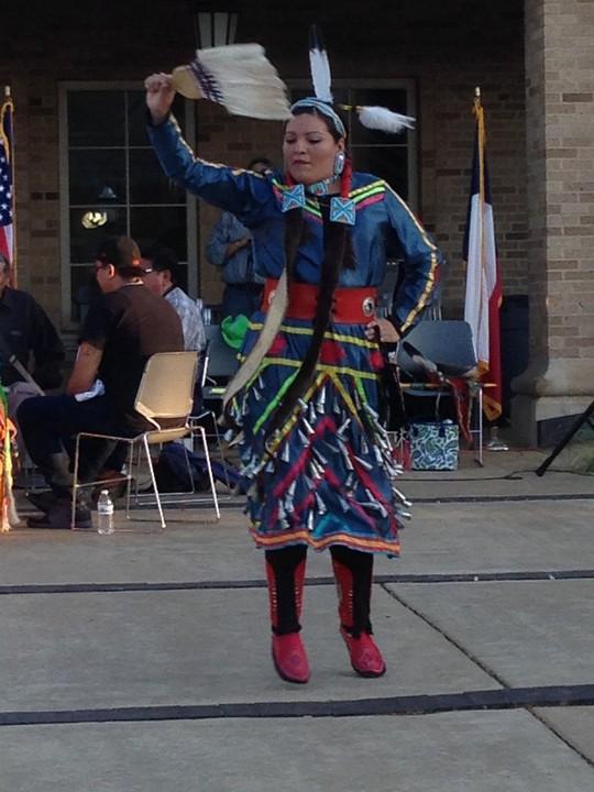 Độc đáo lễ hội 'Pow Wow' của người da đỏ - Ảnh 2.