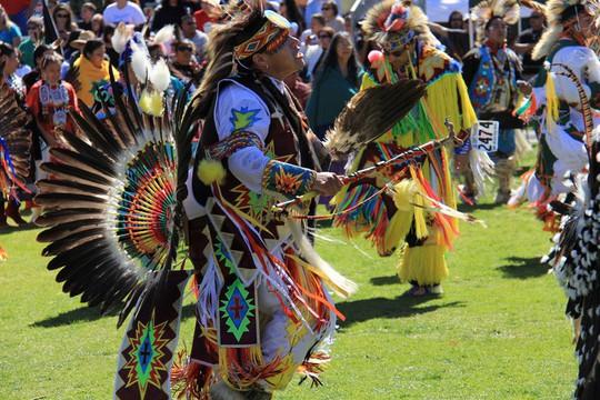 Độc đáo lễ hội 'Pow Wow' của người da đỏ - Ảnh 6.
