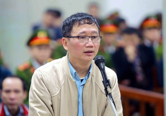 Nói lời sau cùng tại tòa hôm 3-2-2018, bị cáo Trịnh Xuân Thanh gửi lời xin lỗi đến nhiều người, mong muốn sau khi bản án có hiệu lực được sang Đức thăm vợ con - Ảnh: TTXVN
