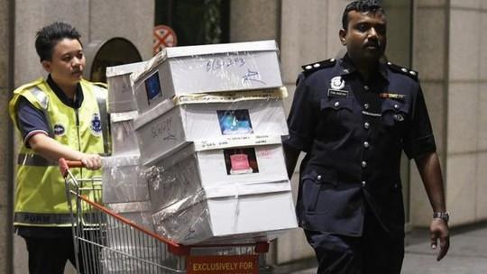 Cảnh sát Malaysia huy động thợ khóa phá két nhà ông Najib - ảnh 2