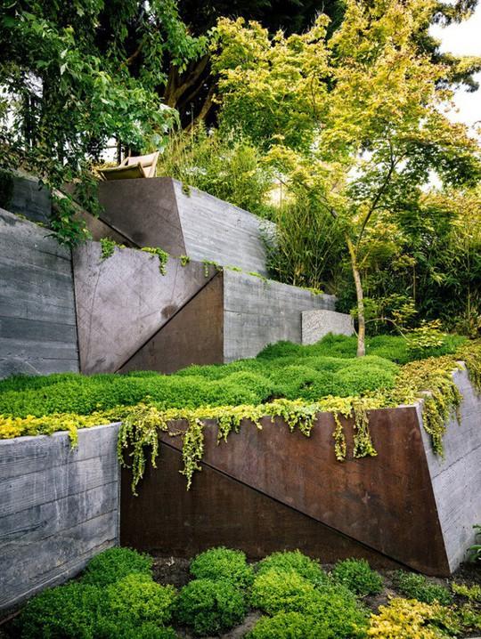Khu vườn thiết kế kiểu ruộng bậc thang ai thấy cũng mê - Ảnh 11.