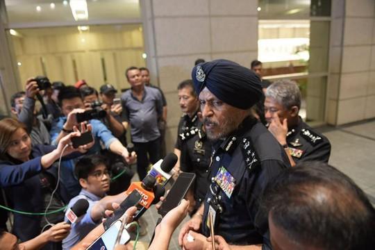 Cảnh sát Malaysia huy động thợ khóa phá két nhà ông Najib - ảnh 3