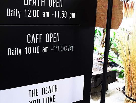 Rùng mình trải nghiệm cái chết bên trong quán cafe - Ảnh 10.