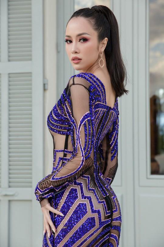 Vũ Ngọc Anh mặc váy mỏng tang ở LHP Cannes - Ảnh 2.