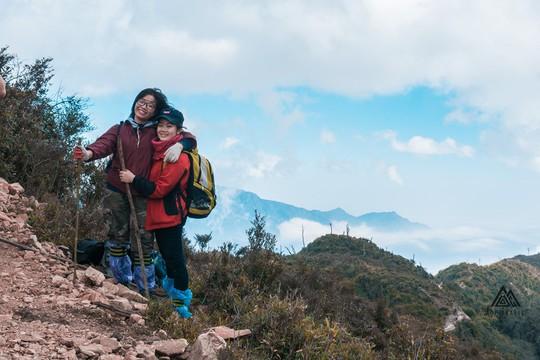 Những cung đường trekking đẹp nhưng nguy hiểm - Ảnh 6.