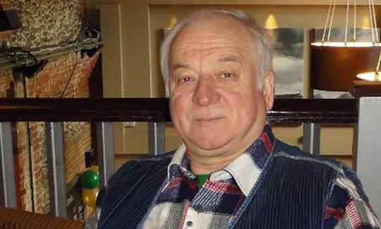"""Cựu điệp viên Nga """"bị đầu độc tại Anh"""" xuất viện - Ảnh 1."""
