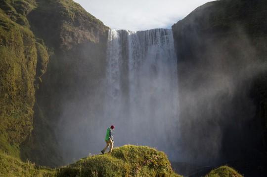 10 bức ảnh đốn tim du khách tại quốc gia băng đảo Iceland - Ảnh 2.