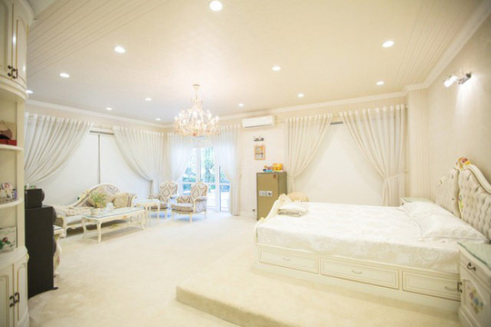 Ngắm ngôi biệt thự triệu đô của Hồ Quỳnh Hương - Ảnh 10.