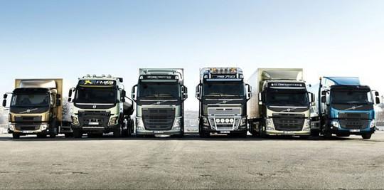 Ế nặng hàng vạn chiếc, buôn ô tô tải có nguy cơ phá sản - Ảnh 2.