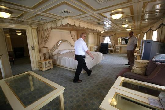 Siêu du thuyền của ông Saddam Hussein và số phận không ai ngờ - Ảnh 3.