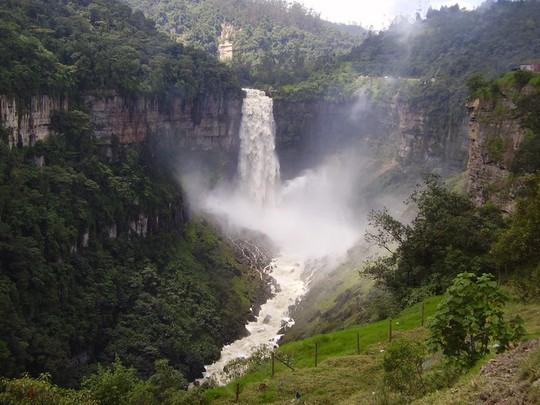 7 thác nước nguy hiểm trên thế giới - Ảnh 5.